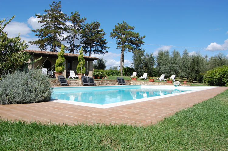 Farmhouse with swimming pool Tuscany